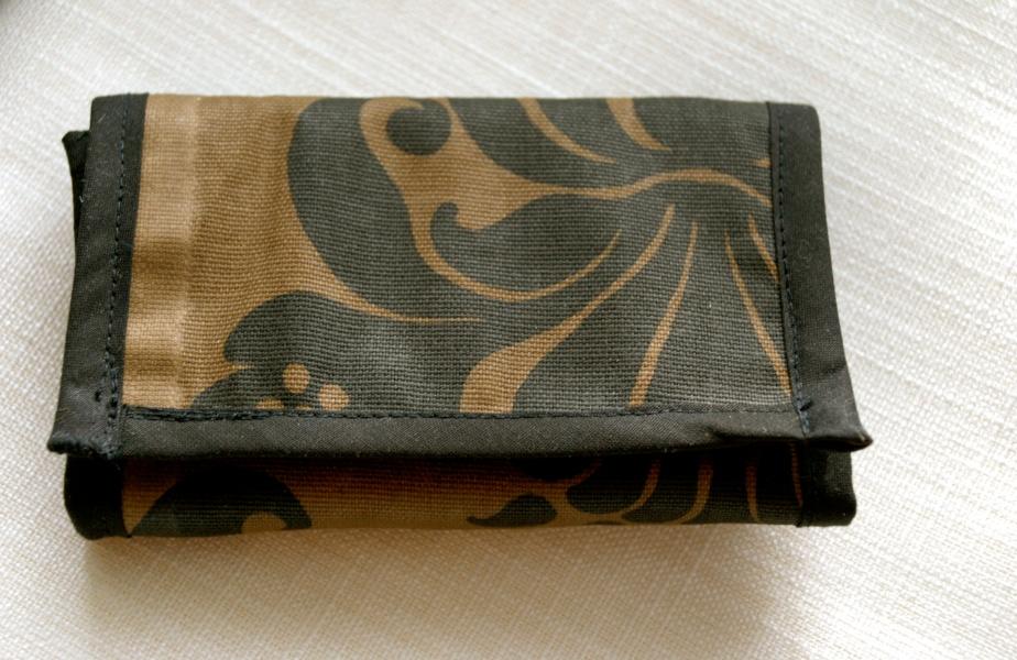 Plånbok ArteSana i mönstrat tyg